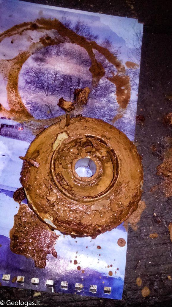 Vandens gręžinio siurblio darbo ratas prieš valymą